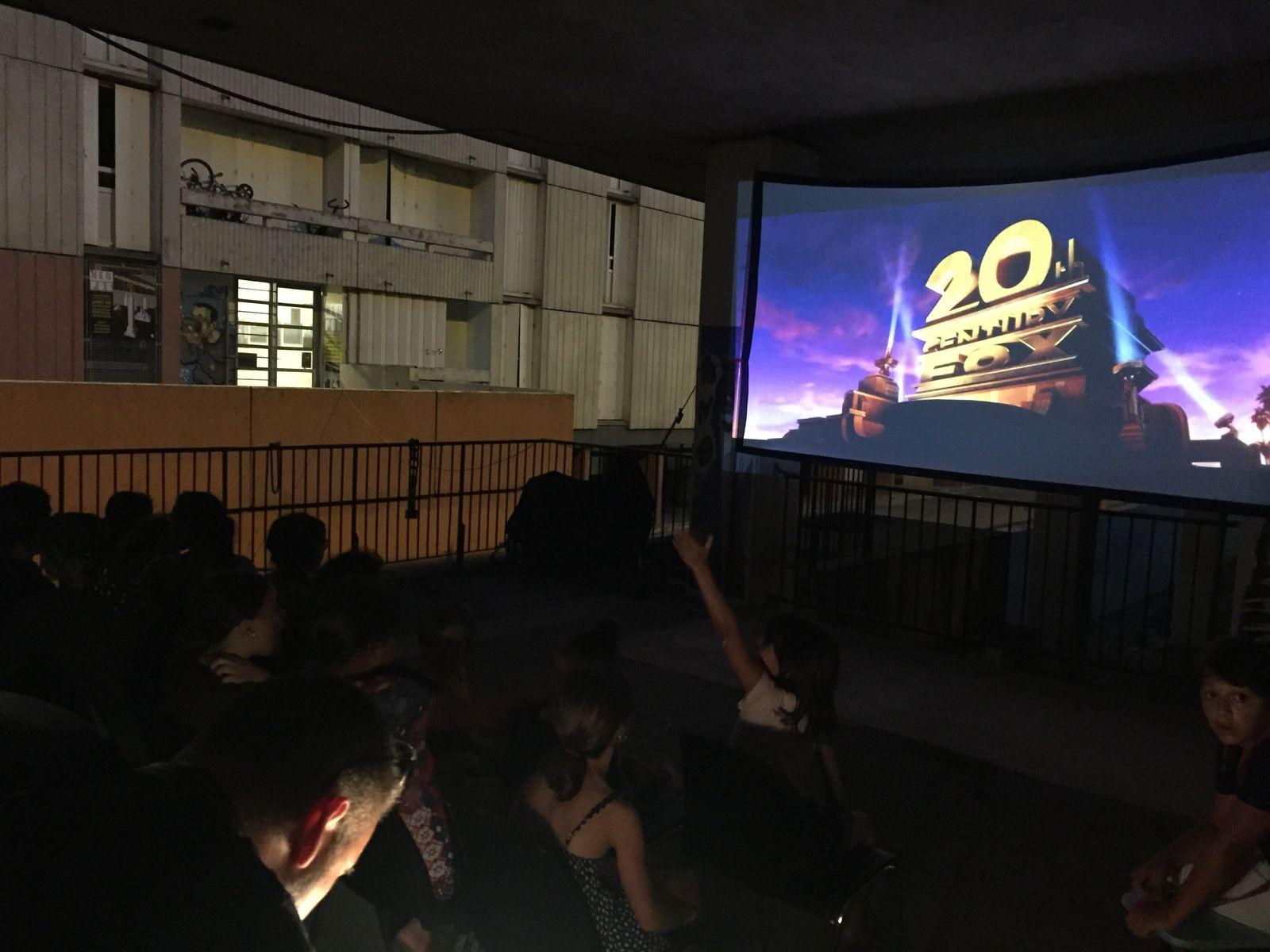 Cinema Makerspace Negpos